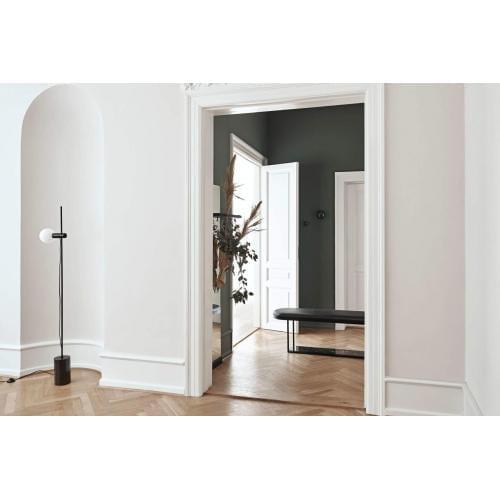 Bolia-Revolve-floor-lamp-interior-asztali-lampa-enterior-02