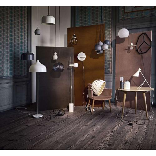bolia_flachmann_pendant_design_innoconcept_fuggo_lampa_black_grey_white_3