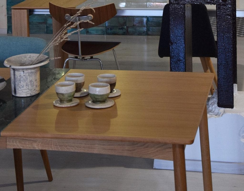 MEET Étkezőasztal 140 cm + MEET Gránitlappal bővítve - Bemutatótermi bútor-7053