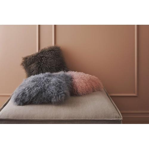bolia-everest-sheepskin-cushion-baranybor-parna-diszparna-innoconcept.design