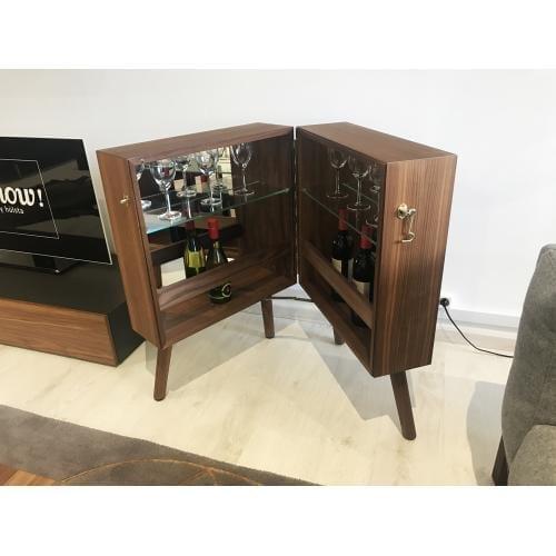 OLIVER Bárszekrény – Bemutatótermi bútor-19733