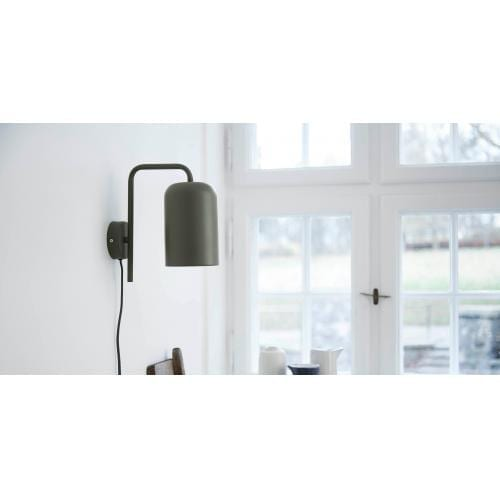frandsen_chill_wall_lamp_green_matt