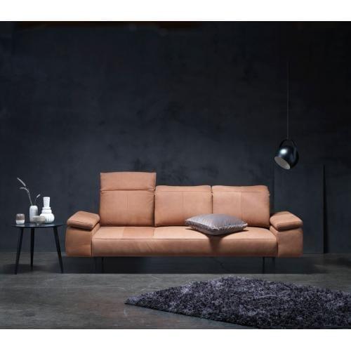 theca_bresso_leather_sofa_1