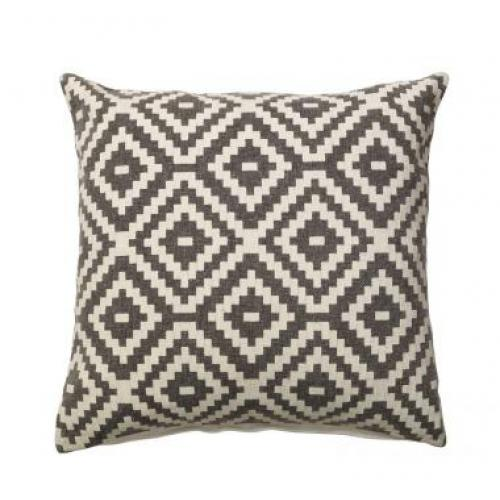 furninova_noah_beige_cushion_innoconcept_parna_1
