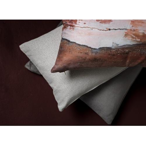 furninova_red_rock_cushion_innoconcept_parna_1