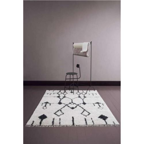 aragon_handmade_wool_carpet_black_white_1