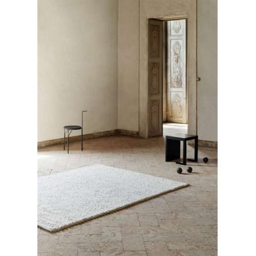 comfort_handmade_wool_carpet_silver_1