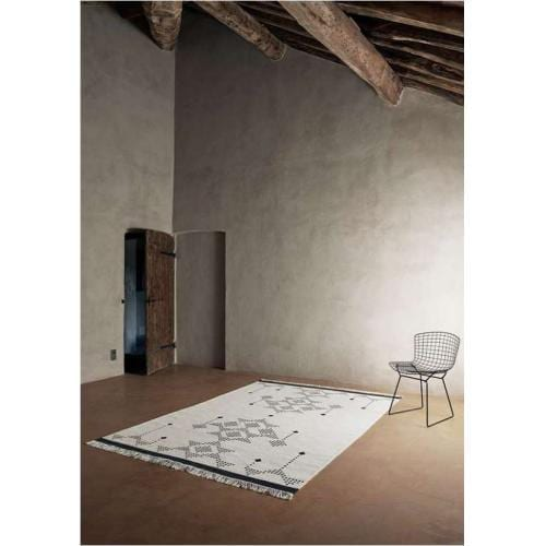 lua_handmade_wool_carpet_white_1