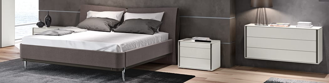 EJJELISZEKRENY-bedside-table_multi