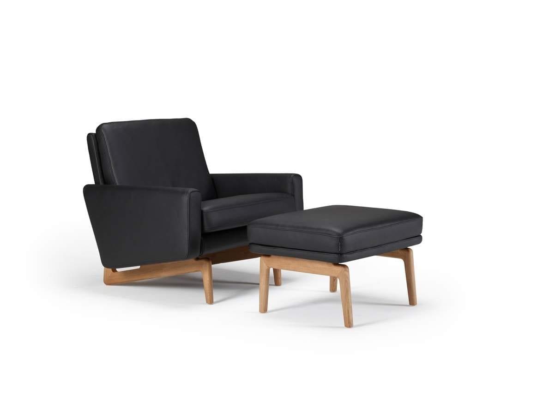 EGSMARK Fotel kárpitozott karfával