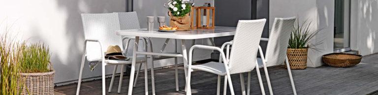 Kültéri asztalok