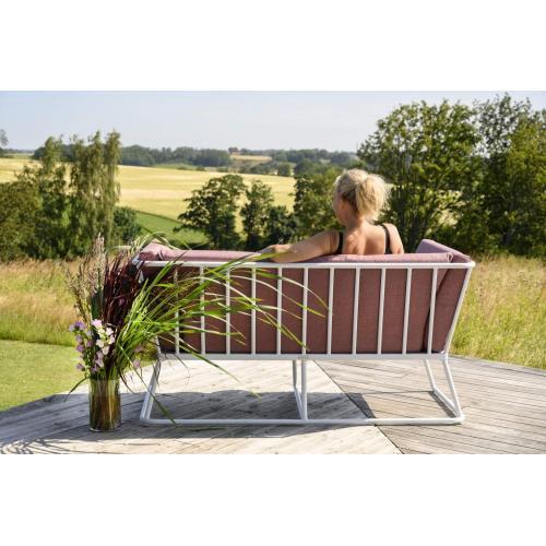 Brafab-Vence-2-seater-sofa-peony-front-ketszemelyes-kanape-rozsaszin-enterior