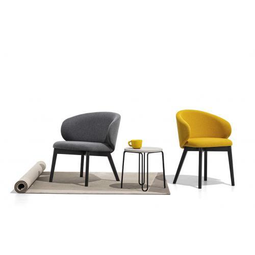 Connubia-Tuka-dining-chair-with-armrest-wooden-leg-etkezoszek-kartamasszal-fa-labakkal-1