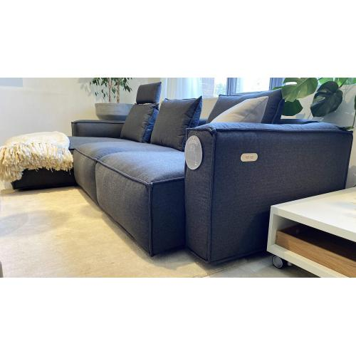 theca-levane-sofa-chaise-longue-kanape-lounger-showroom_03