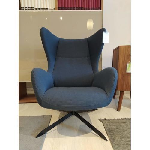 Bolia-Solo-armchair-showroom-furniture-fotel-bemutatotermi-butor- (1)