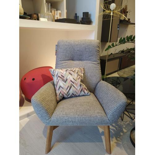 DasSofa-Basic-armchair-showroom-furniture-fotel-bemutatotermi-butor (2)