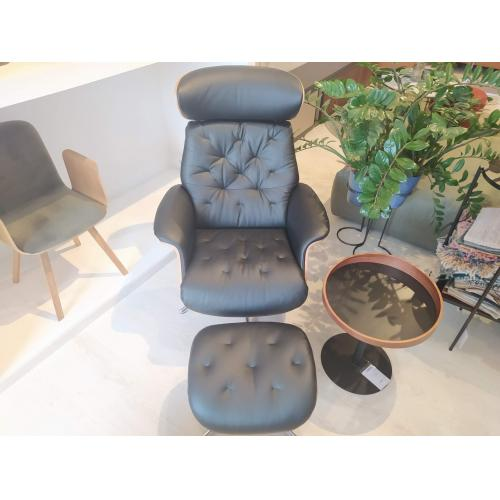 Flexlux-Volden-relax-chair-with-footstool-IC-showroom-relax-fotel-labtartoval-IC-bemutatoterem- (2)