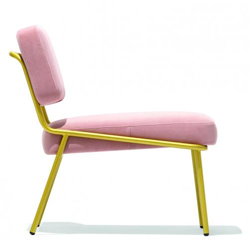 Connubia-Sixty-upholstered-lounge-chair-karpitozott-pihenoszek- (1)